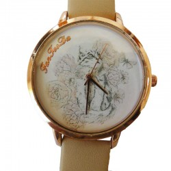 Montre Chat parmi les Roses
